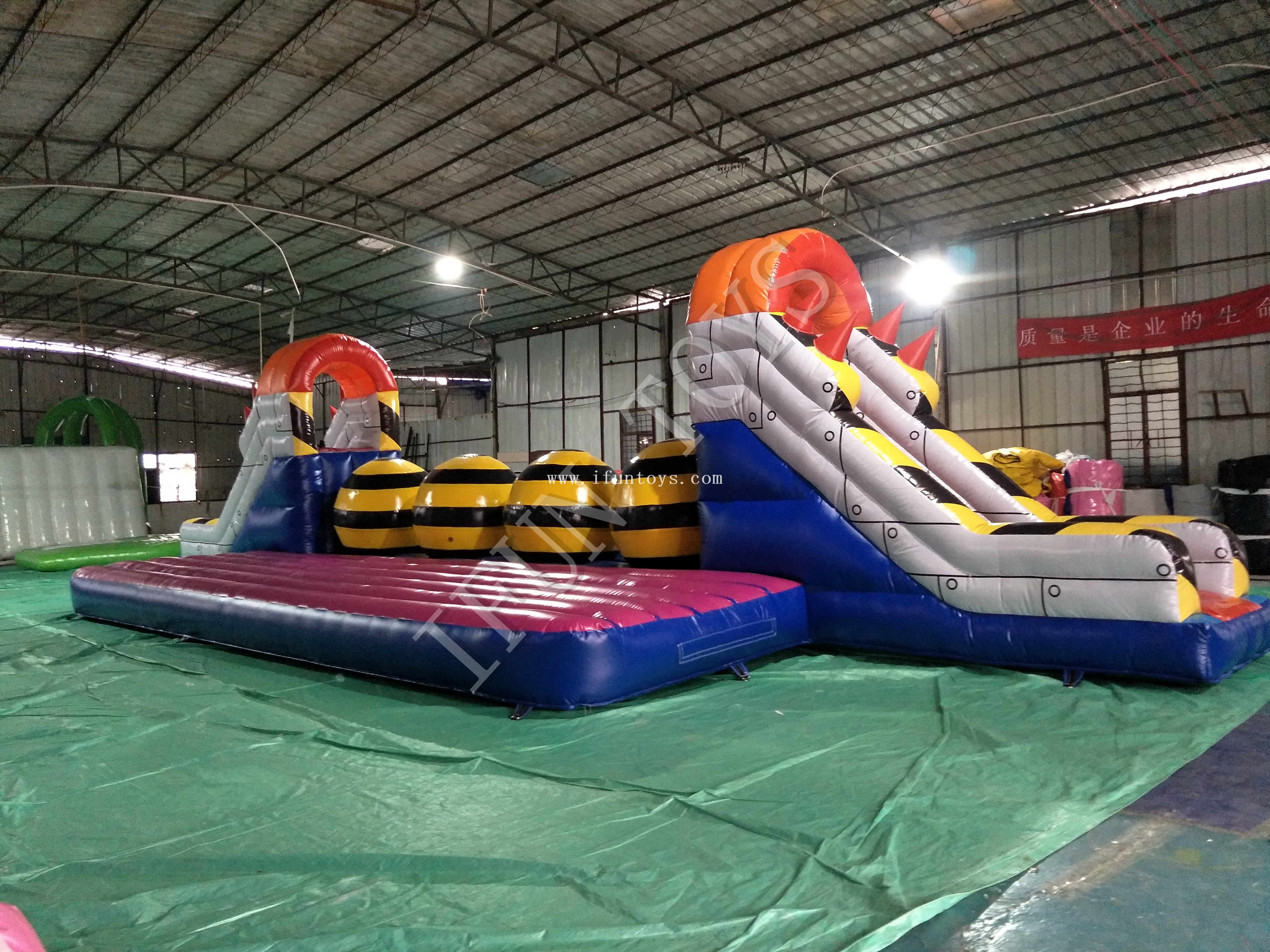 Interactive Inflatable Big Baller Obstacle / Leaps N Bounds Wipeout Challenge Jumping Game
