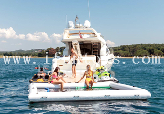 Floating Inflatable Yacht Pool / Water Sea Pool with Net for Safe Swimming