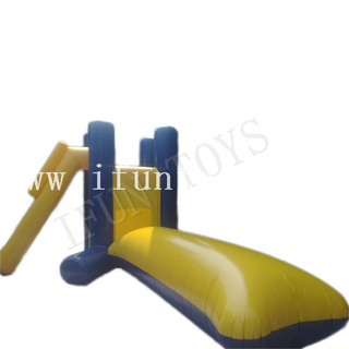 Inflatable Water Jumping Tower With Water Blob / Jumping Pillow Water Games